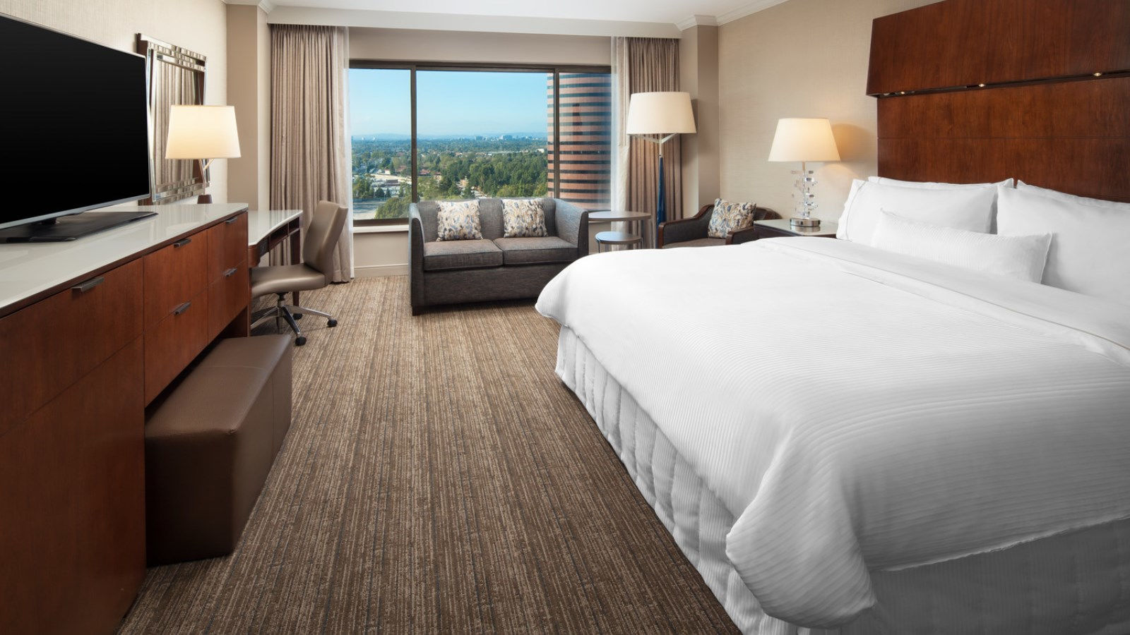 Deluxe Room | The Westin South Coast Plaza, Costa Mesa